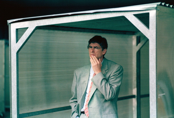 1996: Wenger har precis kommit till Arsenal. (Bild: Shaun Botterill/Getty Images)